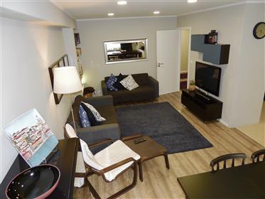 Elegante Apartamento T3 em Espinho