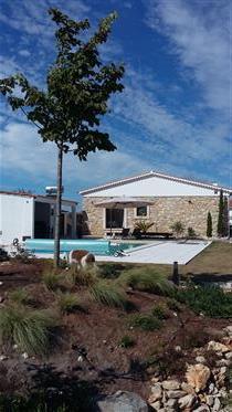 Κατοικία με πισίνα - θέα