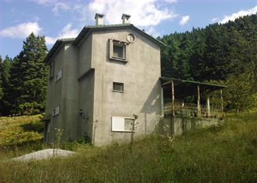 For sale mountainous property with a two-storey maisonette