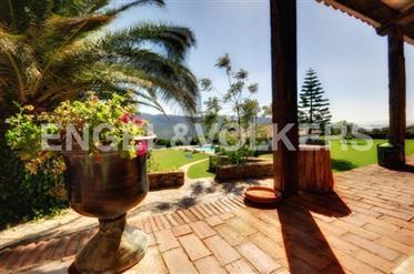 Magnífica Villa en plena naturaleza
