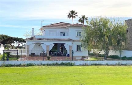 Villa vista lago Golf Novo Sancti Petri