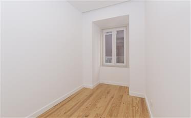 3 bedroom apartment for sale on Benformoso street