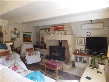 Quirky 3 bed stone house with separate gite, pool & beautiful jardin