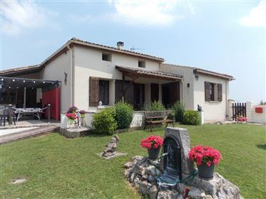 Near the estuary charming detached 4 bed stone house with garage and pool
