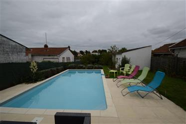 Saintes, for sale townhouse with pool and garage