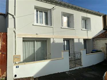 3 bedroomed house close to Lycée Bernard Palissy