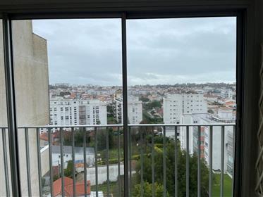 Royan, appartement T3 9ème étage, ascenseur, parking.