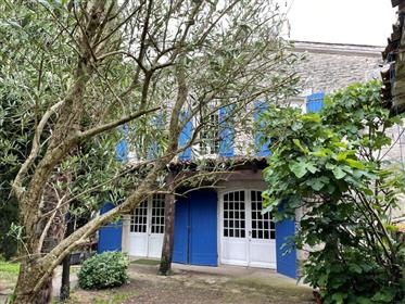 Near Saintes For Sale Charentaise 5 Rooms Chai And Outbuildings