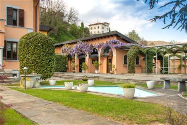 Villa Di 5,5 Locali