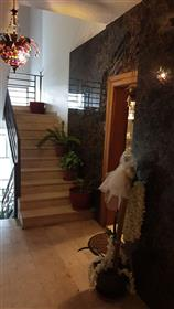 Beautiful Duplex Apartment, Madina Munawara Street