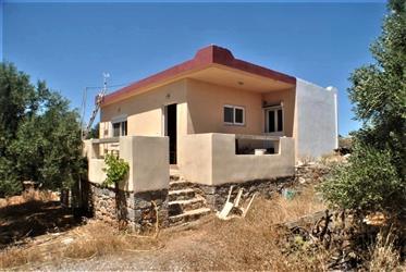 2 Bedroom Detached House on Large Plot - East Crete