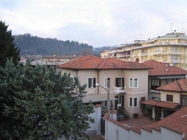Apartment: 90 m²