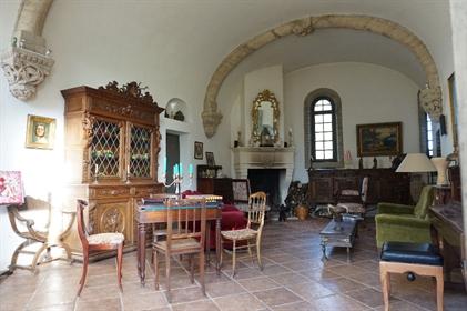 Casa : 352 m²