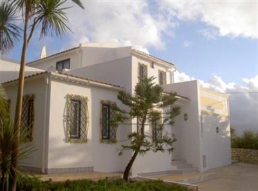 Villa de 4 dormitorios en venta en Sao Bras de Alportel