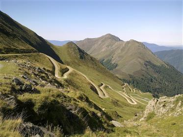 Hotel Auberge ** Located in the Ariégeoises of the Pyrenees