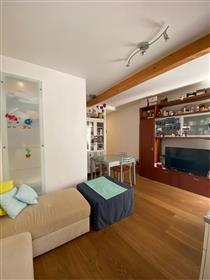 Restaurato appartamento  con  corte  privata