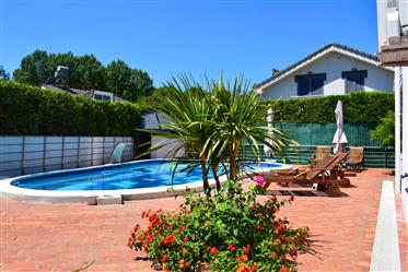Villa With Swimming Pool For Sale In Golem Durres