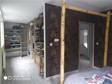 Casa : 200 m²