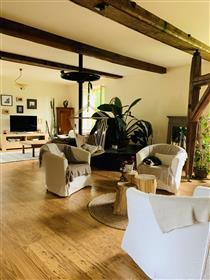 Maison : 290 m²