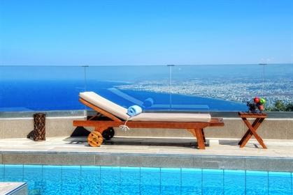 4-Bedroom luxury villa with breathtaking views, Heraklion