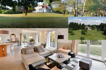 600 M² property on 2 Ha of enclosed Park