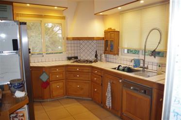 Vivenda: 450 m²