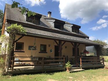 Belle maison, plein sud avec vues montagnes