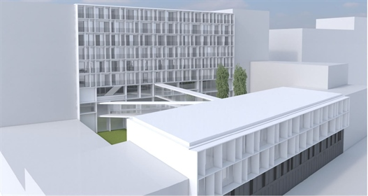Land with project approved in Porto, Portugal
