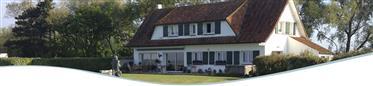 Casa : 255 m²