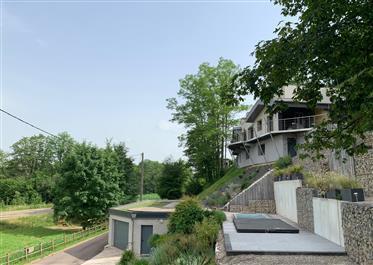 Superb villa of architect 2012 in deadlock