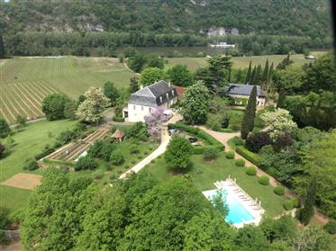 Magnificent estate situated in a prominent position with a p...