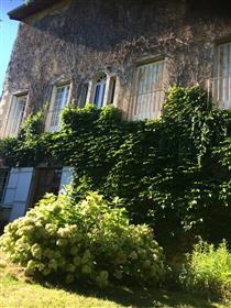 Jedinstvena gradska vila u Arbois (Jura)