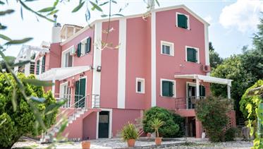 בית בקורפו יוון עם נוף וקרוב לים
