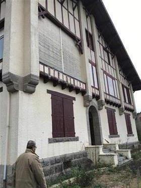 Za iskoristiti vrlo lijepu vilu u Bourbonnais