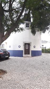 Ιστορικός μύλος κοντά στη Λισαβόνα