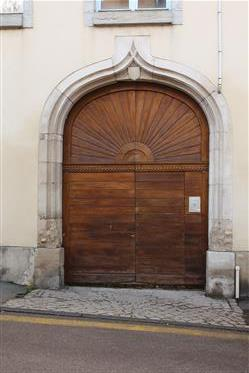 Mansion Xvi - 18th century
