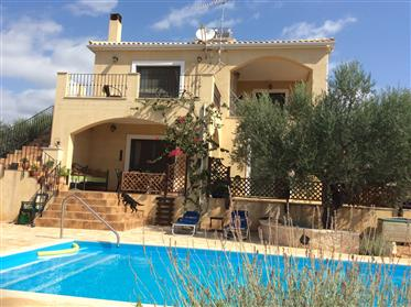 3 Bedroom Detached Villa with Pool, stunning sea and mountain views