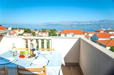 Apartamentos confortáveis à venda com vista para o mar