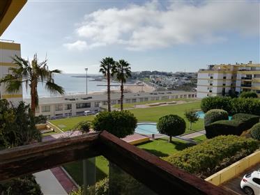 Apartamento T3 em Condominio com Jardim e piscina frente á p...