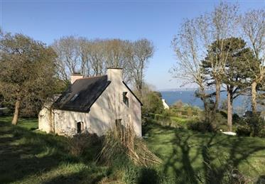 Vackert hus med havsutsikt - Roscanvel (29)