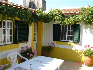 Rural, split level house with land, 1 hour from Lisbon