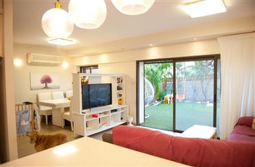 Duplex rénové avec jardin, spacieux, lumineux, et calme
