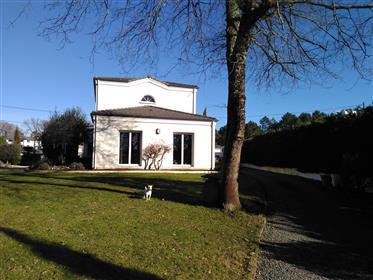 Casa em Saint Aubin de Médoc - 6 quartos - 145 m²