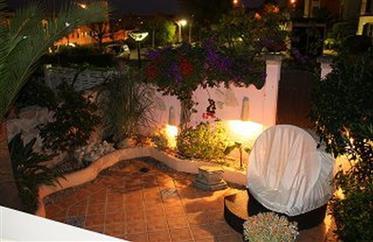 Bela e bem guardada casa de terraço de 5 quartos à venda em Santa Ponsa