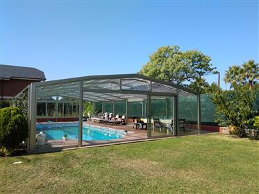 "Villa exclusive à Getxo, urbanisation ""Real club de Golf de ..."