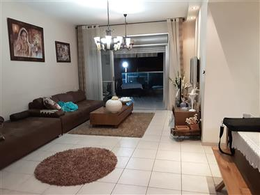 Beautiful 5.5Br, 2.5Bt apartment, quiet and spacious