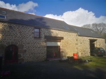 3-House complex Breton farmhouse / longère / gîte