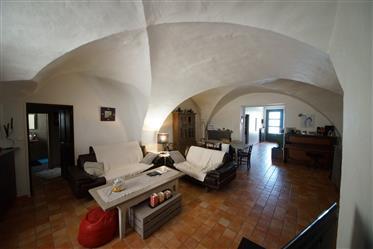 Maison De Village à Vinsobres 170 m2