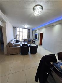 Stunning 3Br, 2Bt apartment, 90Sqm, Master Bedroom!!!