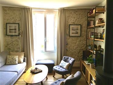 Deslumbrante apartamento Old Antibes, 2 quartos completamente renovados.